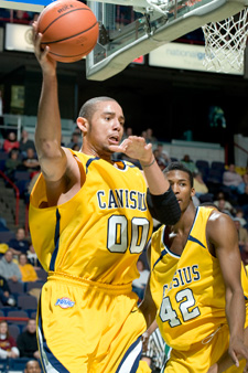 Canisius gets by Binghamton