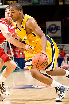 Hymes paces Canisius with record setting performance