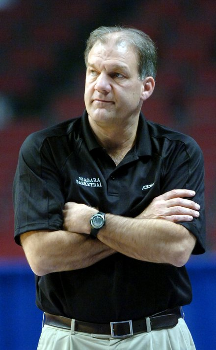 Niagara's Mihalich Adds Farrelly To Coaching Staff