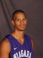 Signed, sealed, delivered: Niagara Purple Eagles 2011-12