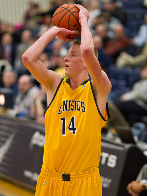 Balanced attack leads Canisius past Marist