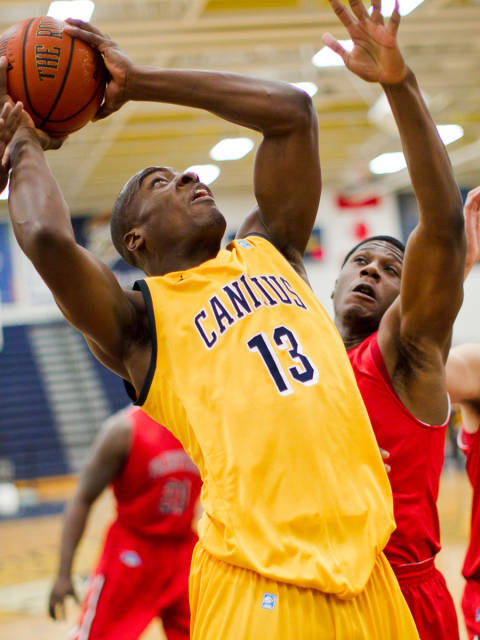 Fairfield's early jump pushes Stags past Canisius
