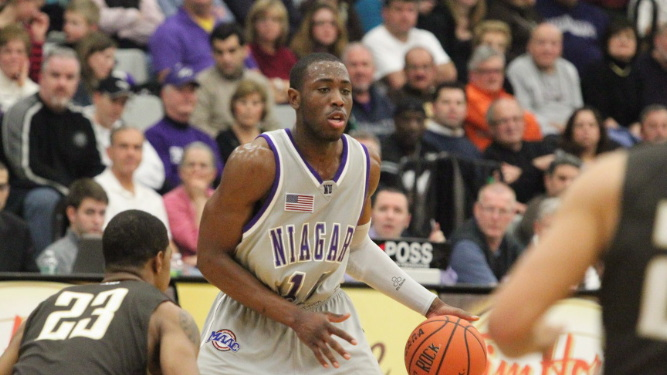 Green conducts Niagara past Canisius, 75-56