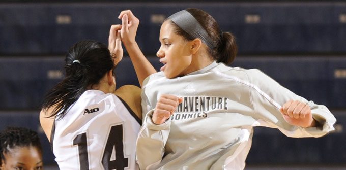 Bonnies' second half surge stops LaSalle, 68-53
