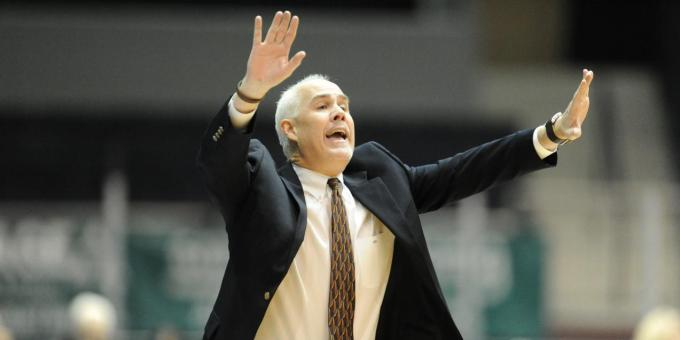 Schmidt Named Sporting News Atlantic 10 Coach of the Year