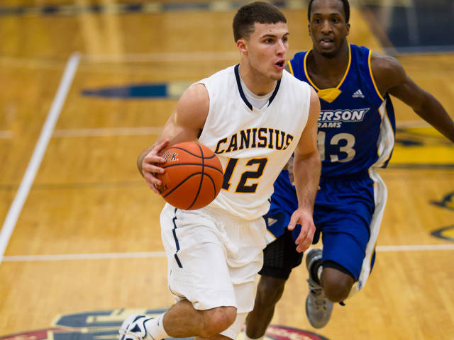 Billy Baron wastes little time making his mark with Canisius