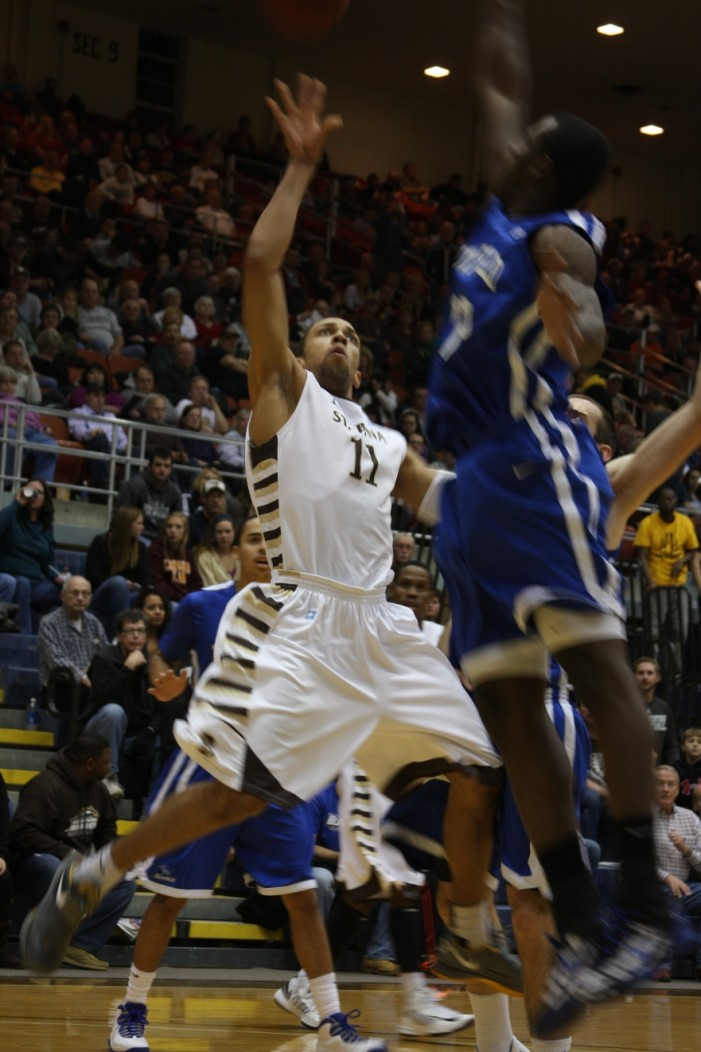 Conger and Wright lead as St. Bonaventure upends UB with late rally