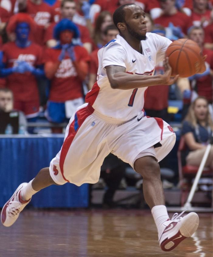 Dillard leads comeback as Dayton outlasts Murray State, 77-68