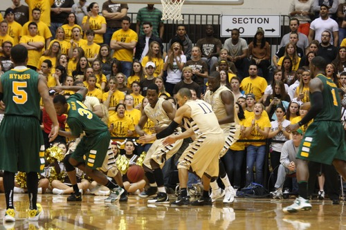 Bona Defense Leads To Victory Over Siena