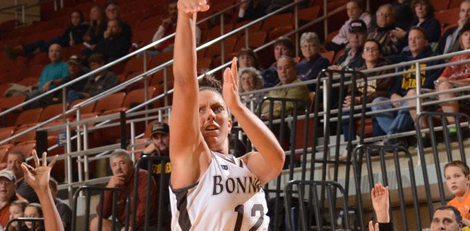 Zahn's 19 second half points carry Bonnies past Bulls, 64-55