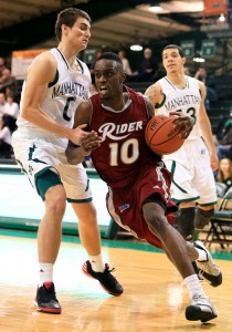 Rider slips past Iona, 67-62