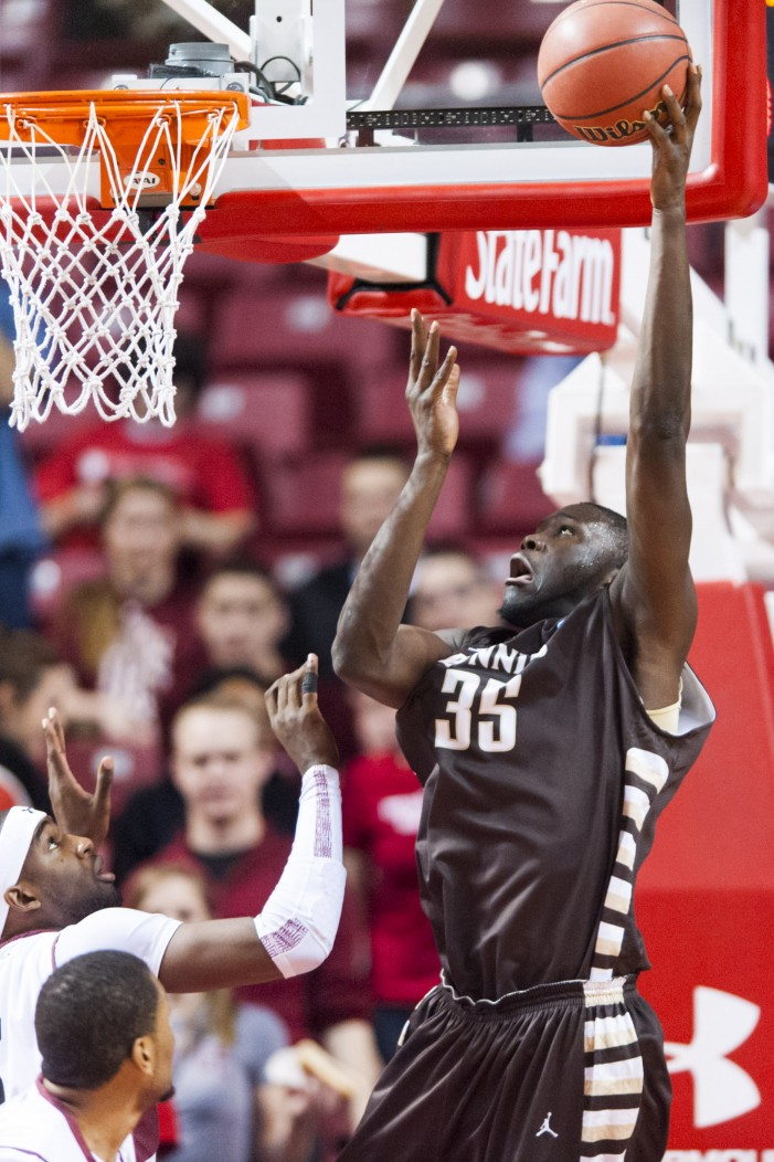 #Bonnies stop losing streaks, earn first A-10 win at Temple