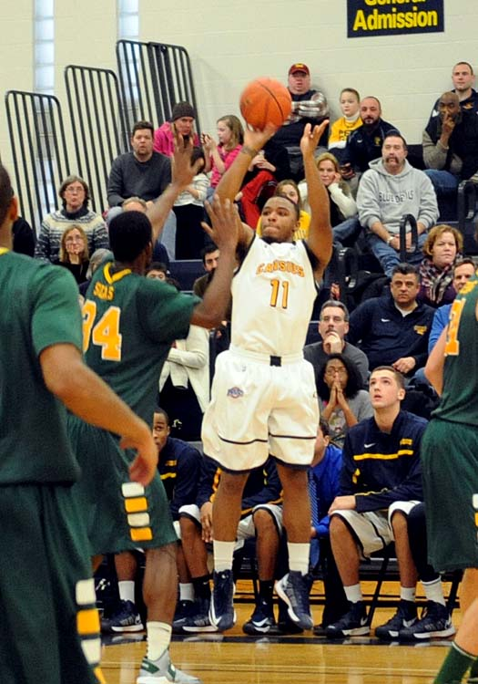 Bench fuels Canisius to win at Saint Peter's