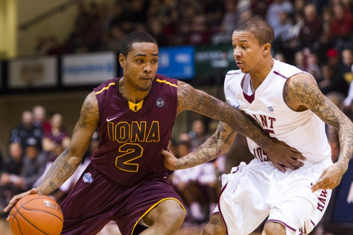 Gaels get back on track, defeat Rider 78-71