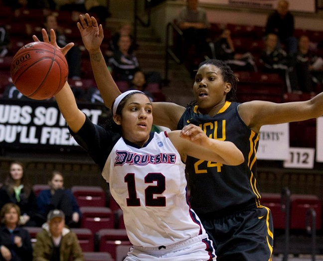@DuqWBB holds off VCU, advances to A-10 conference quarterfinals, 64-58