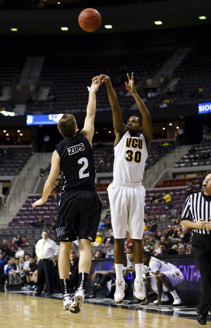 VCU's Havoc Defense Zips Akron In Rout
