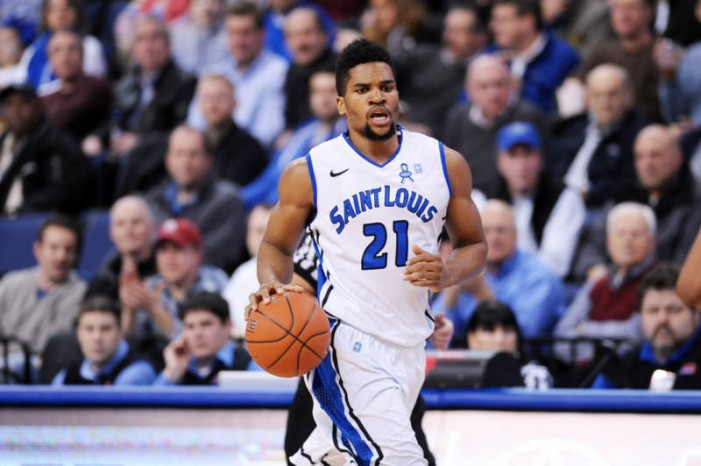 Evans leads as the Billikens bounce Charlotte