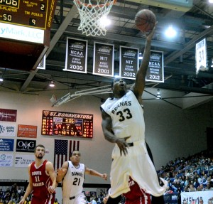 Simmons leads the Bonnies with a field goal percentage of .648. (Photo by Daulton Sherwin)