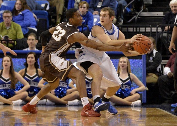 No. 24 Billikens Hold Off St. Bonaventure, 66-60