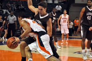 Ayers defended by Cvrkalj. (Photo by Justin Lafleur/Courtesy of Lehigh Athletics)