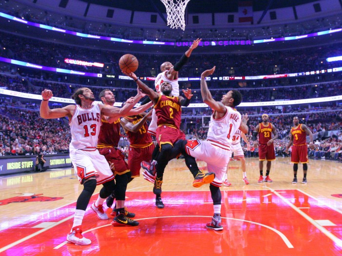 Cleveland sneaks out a victory in first battle against Chicago