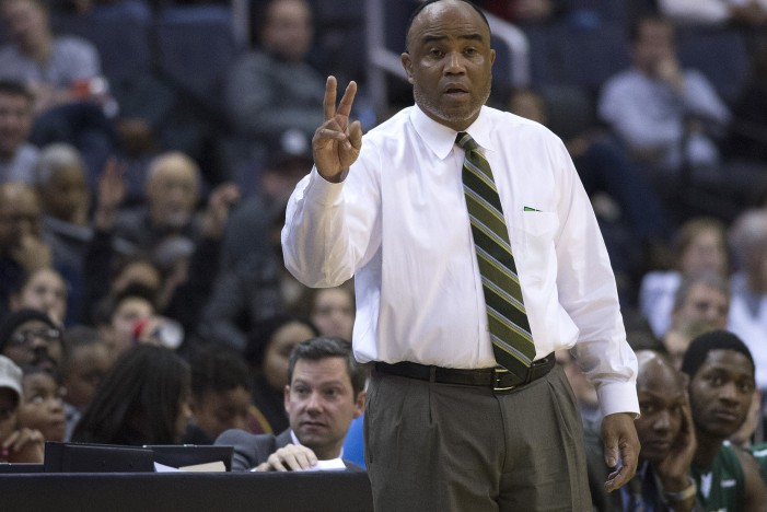 Charlotte 49ers coach Alan Major to take an indefinite medical leave of absence
