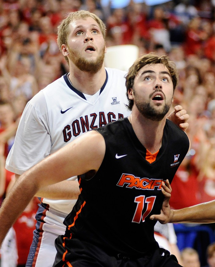 Gary Bell Jr., Thomas Jacobs and the #WCCHoops Slate