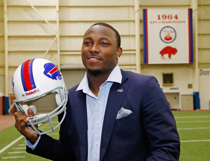 LeSean McCoy Foundation Announces Celebrity Softball Game at Frontier Field