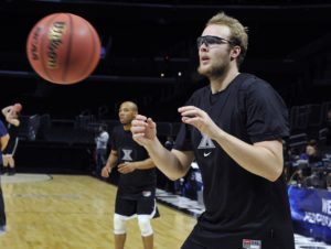 Matt Stainbrook averaged 15.0 points, 7.3 rebounds and 2.0 assists per game for three games, while shooting 73.1 percent (19-of-26) from the field. (Photo: Robert Hanashiro-USA TODAY Sports)
