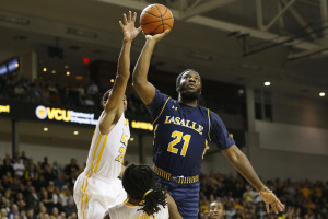Price averaged 28.0 points, 5.5 rebounds, and 3.0 assists per game in two contests for the Explorers. (Photo: Geoff Burke-USA TODAY Sports)