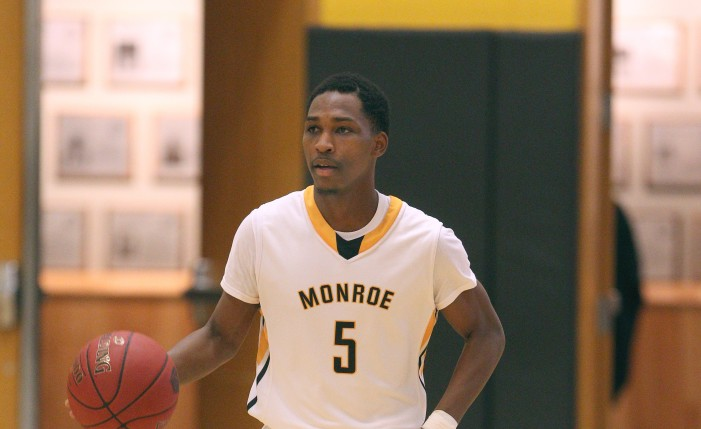 Tribunes remain perfect in conference play