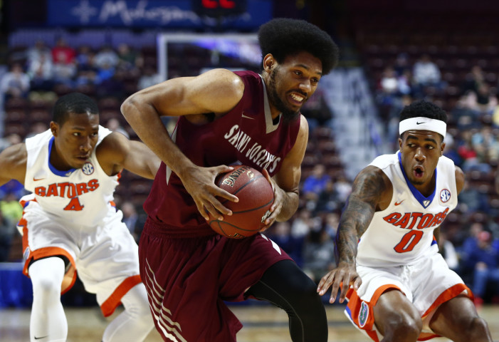 DeAndre' Bembry Named One of 10 Finalists for Julius Erving Small Forward Award
