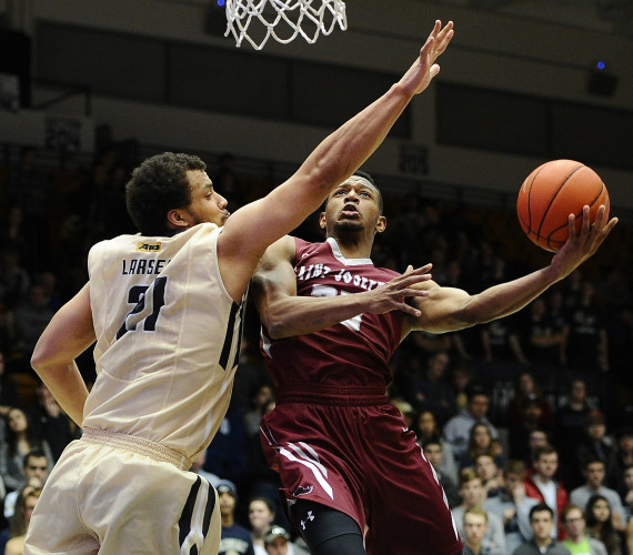 Saint Joseph's beats GW, remains undefeated on the road
