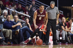 Lamarr Kimble finished with 11 points and two assists in Saint Joseph's 86-80 victory over George Washington in Atlantic 10 quarter-final action Friday. (Photo: Derik Hamilton-USA TODAY Sports)