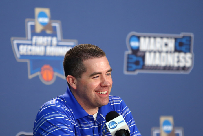 UNC-Asheville reminds Wright of Crum's Cards