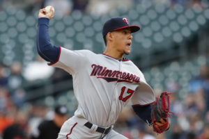 Jose Berrios set down 11 straight batters heading into the fifth inning (Photo: Rick Osentoski-USA TODAY Sports)