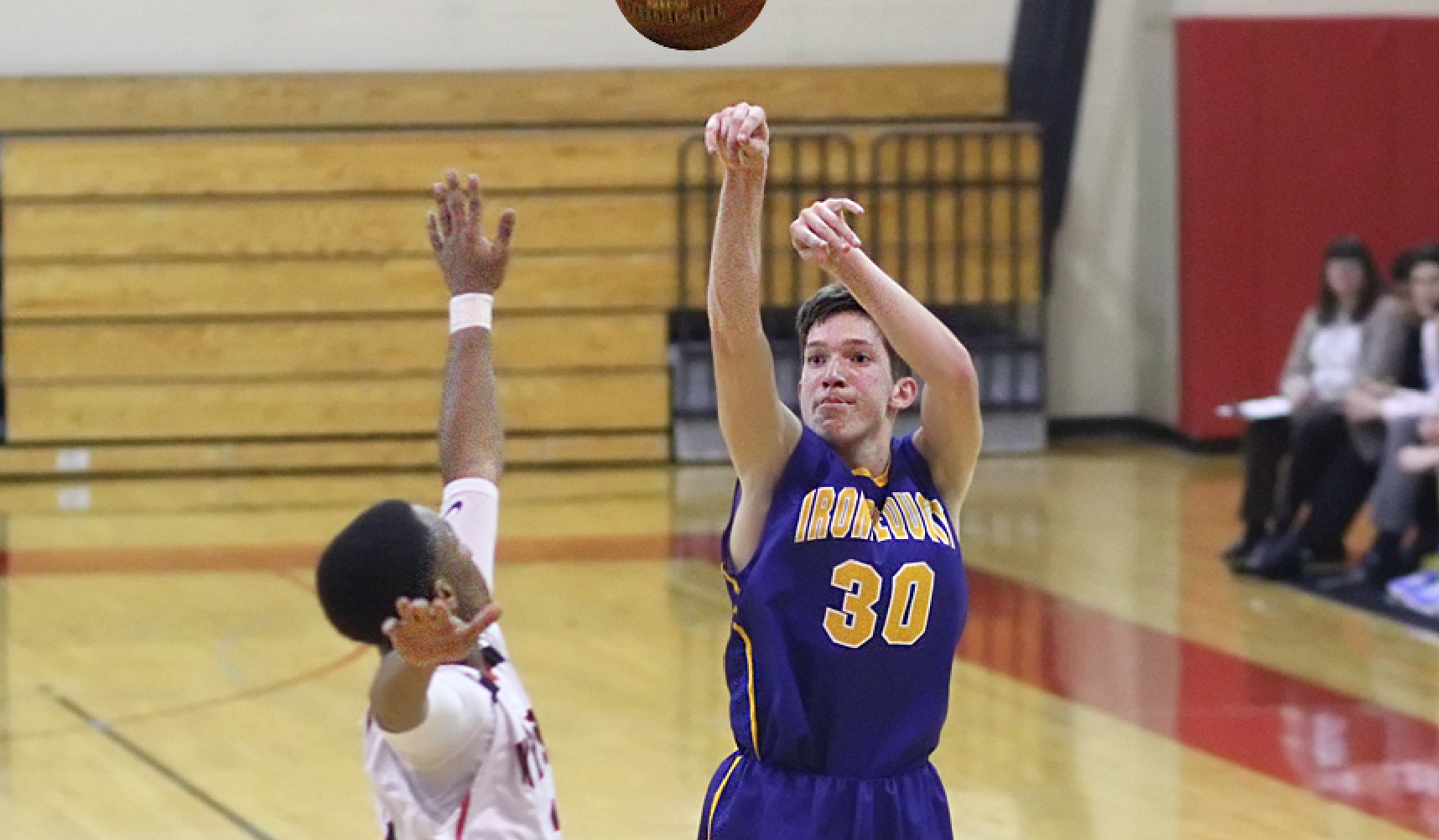 Irondequoit's Zach Stenglein scored a game-high 25 points and handed out seven assists. (Photo:Ron Kalasinskas)