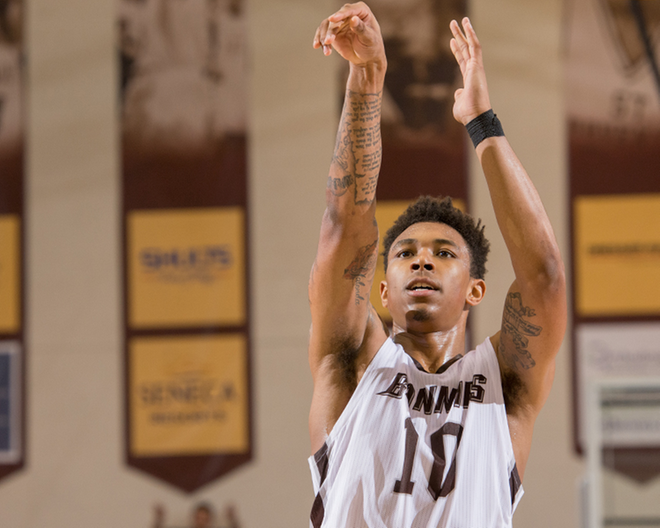 Bonnies finish strong to secure victory at Hofstra