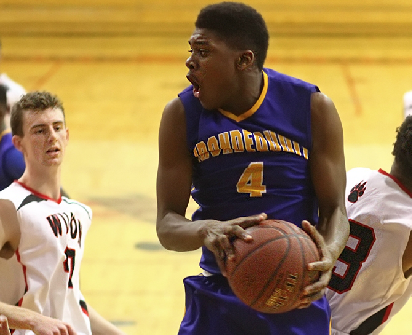 Irondequoit outlasts Fairport in battle of undefeateds