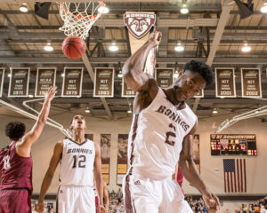 St. Bonaventure won its third straight game and improved to 13-6 overall and 5-2 in the Atlantic 10, good for a share of second place. (Photo courtesy of St. Bonaventure Athletic Communications)