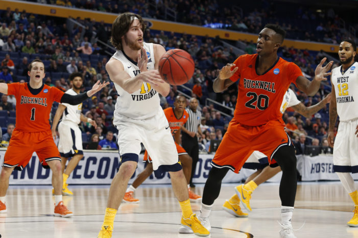 Bucknell's Foulland, Thomas named to NABC All-District Team