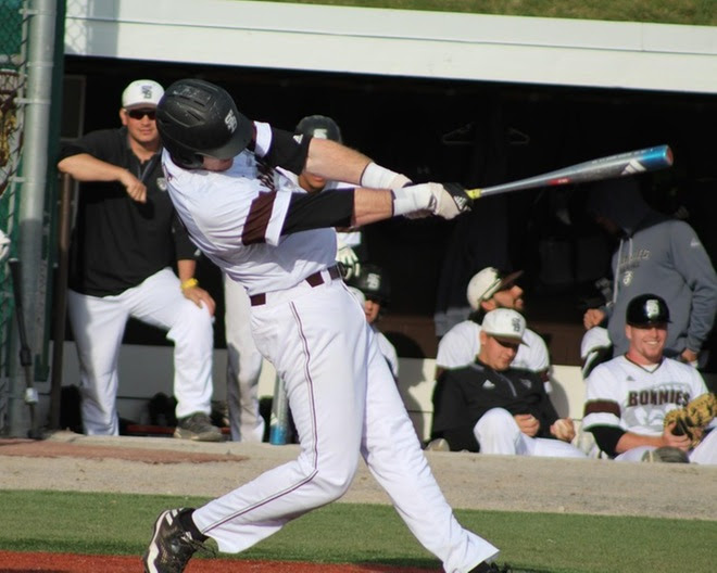 Bonnies sweep Dayton behind two Sunday victories