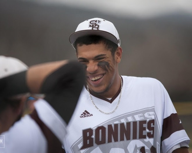Phillips improves to 8-0 as Bonnies continue hot Atlantic 10 play with 7-2 win over Richmond