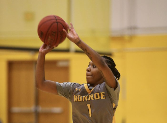 Rodney paces Lady Tribunes to opening night win