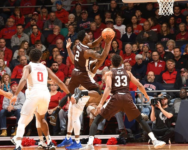 Win streak ends as Bonnies fall in Dayton, 82-72