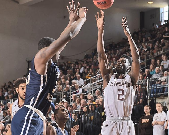 Bonnies stay strong on defense, soar past GW