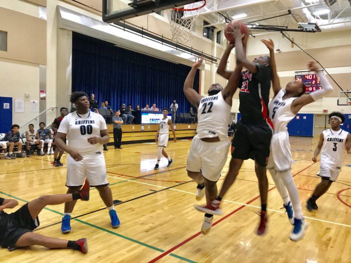 Clark and Floyd post double-doubles; Wilson takes two-game lead in RCAC B