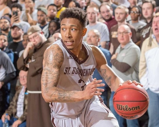 Six in a row: Complete team effort propels Bonnies past Richmond