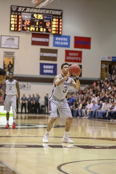 Tournament-bound Bonnies leave for D.C.