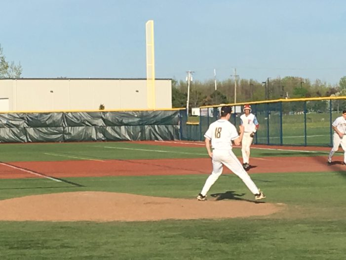 Six-run sixth inning propels Webster Thomas over Fairport, 9-6